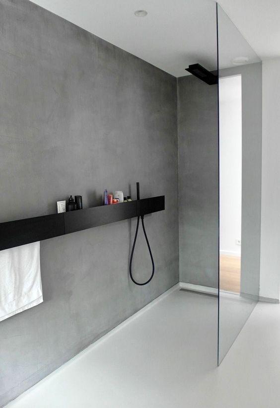 Gietvloer in de douche of badkamer
